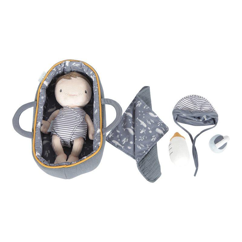 Stoffpuppe Babypuppe Jim mit Tragekorb und Zubehör